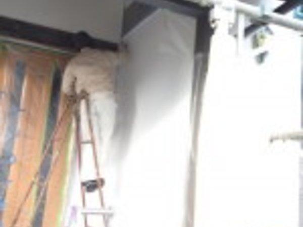 熊本市のY様邸、漆喰壁の上塗り|熊本県玉名市の三井塗装の画像